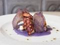 Casa de Fieras Pata de pulpo con patata de violeta y trufa