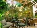 Invernadero Salvador Bachiller mesas y sofa