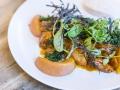 10 Fismuler cabecero de iberico asado kale y albaricoque