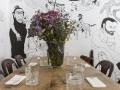 SR. ITO mesa con flores