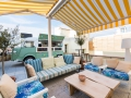 The Mint Terraza sofas y truck