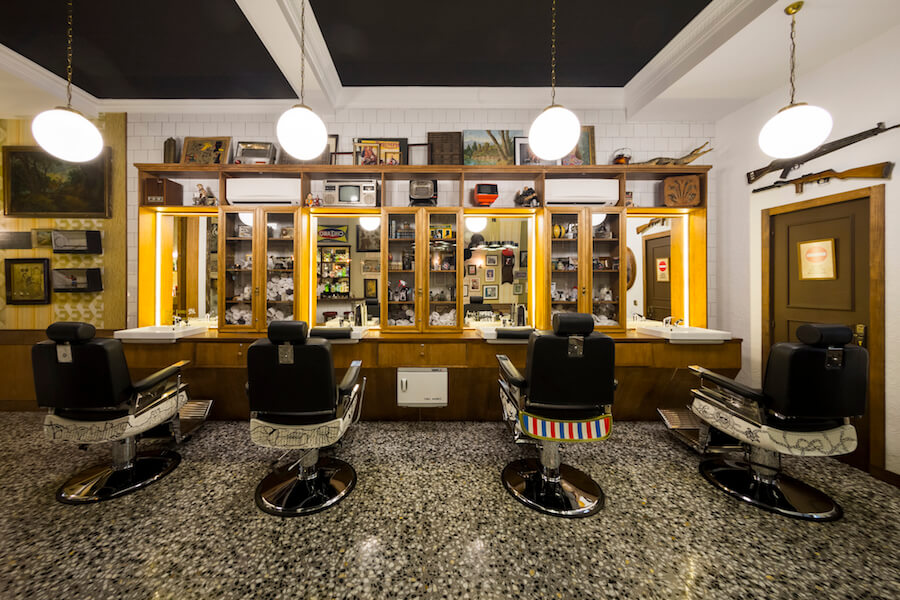 Barberia COMPADRE BARBERs club cortes de calidad