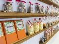 Flor D KKO naranjas confitadas con chocolate, las trufas, las rocas de chocolate con frutos secos o las porciones de chocolate al peso