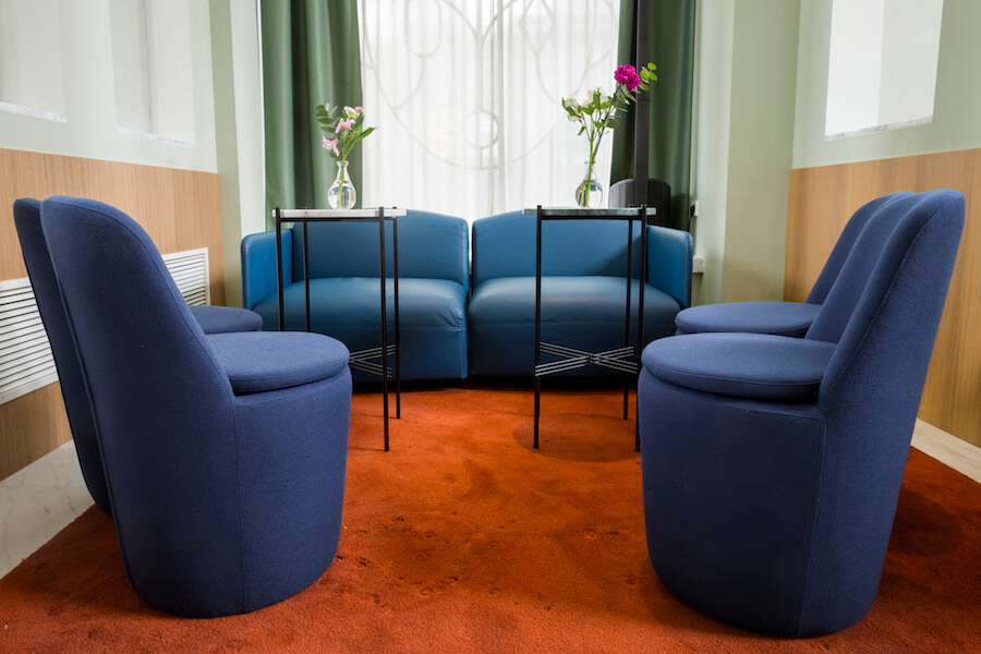 GARRA zona de sofas y mesas bajas