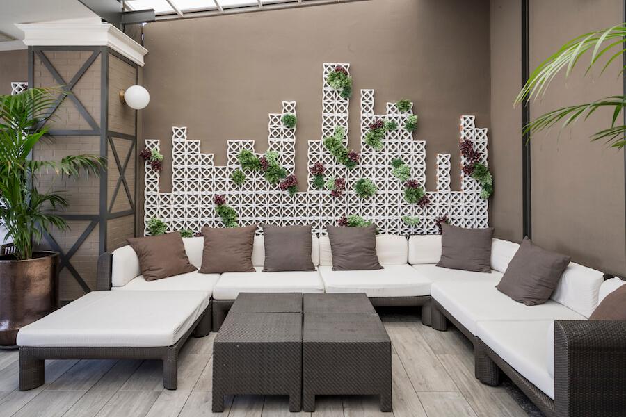 TERRAZA HOTEL EMPERADOR zona lounge