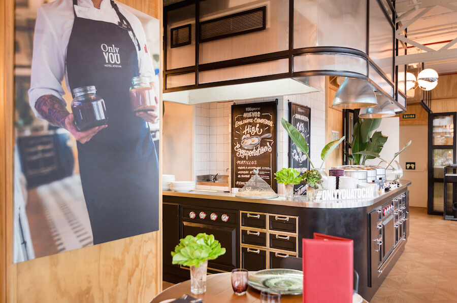 ONLY YOU Atocha Terraza Restaurante en la septima planta del hotel