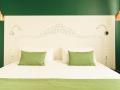 THE WALT MADRID Habitacion verde cama doble