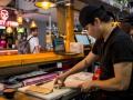 YATAI MARKET preparacion de comida callejera asiatica