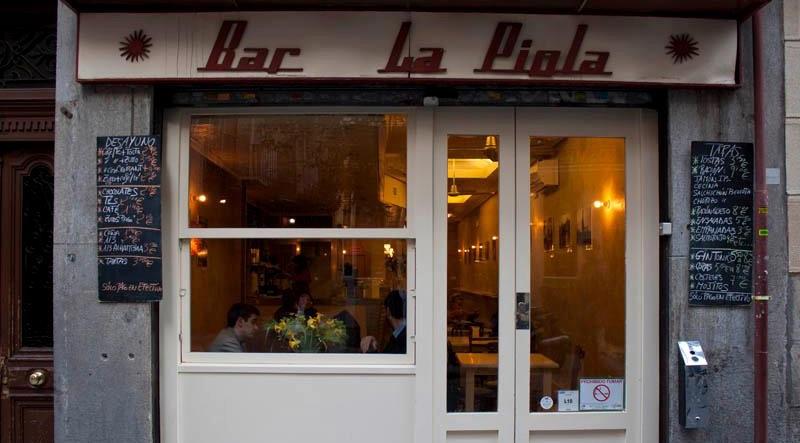 La Piola, café bar en al barrio de Las Letras