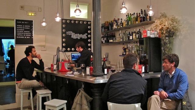 Miss Limones, restaurante en la calle Limón. Madrid