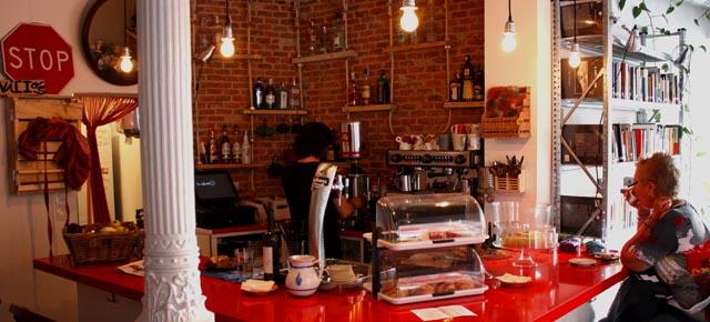 La Infinito, café librería en Lavapiés