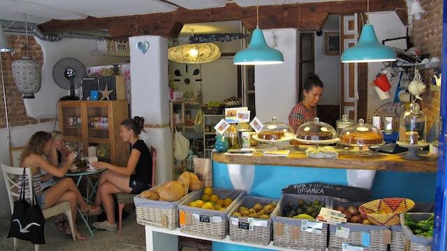 Café El Mar y tienda enBioverde en Madrid