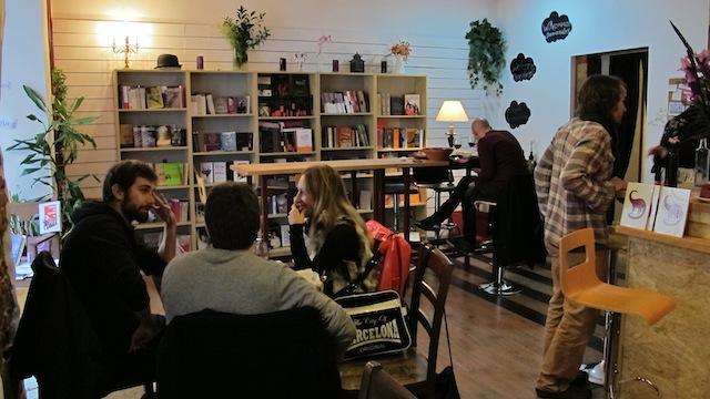 El dinosaurio todavía estaba allí, café librería en Madrid