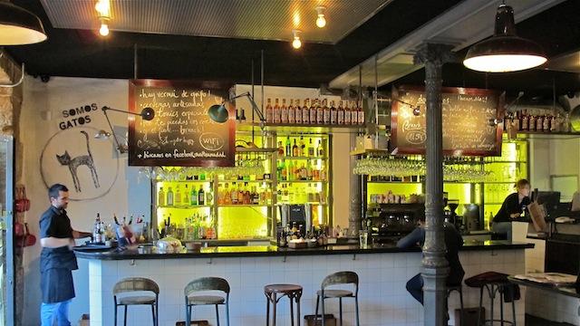 Revoltosa, bar restaurante en Chueca