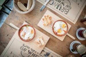 Huevos al horno, en La Bicicleta Café