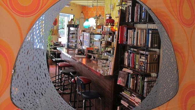 La Libre, café librería en Lavapiés, Madrid