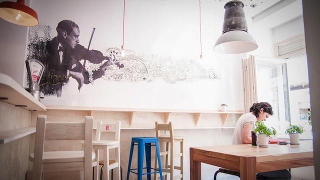 Café restaurante en Malasaña, The Place