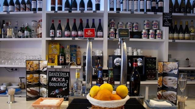 El Botiquín, bar y tienda gourmet en Chueca