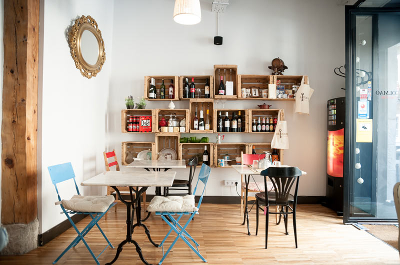 El Colmao: platos sencillos, muebles vintage y tertulia en El Colmao