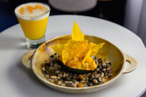 /M | Restaurante de cocina fusión peruana en Chueca
