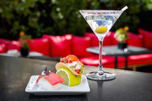 Dry Martini con nigiri de atun y ceviche de pulpo.