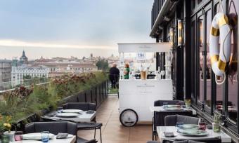 'Séptima', cena con vistas en la azotea del Hotel Only You Atocha