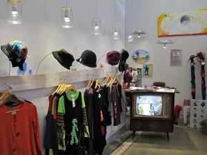 Tienda galería de arte en el Rastro, La Turmix