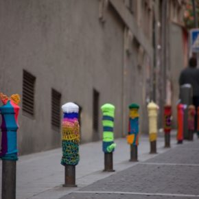 bolardos-urban-knitting-01
