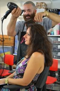 Peinate Tu, taller de autopeluquería y maquillaje