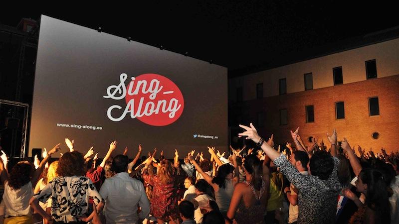 Sing-Along aire libre