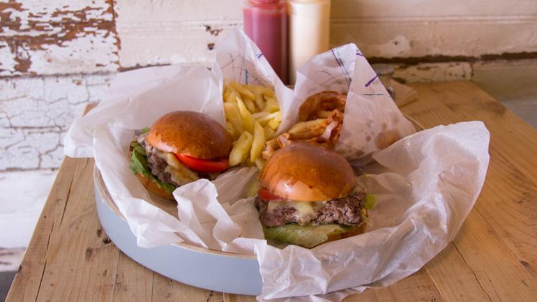 Meat, cócteles y burgers en Alonso Martínez