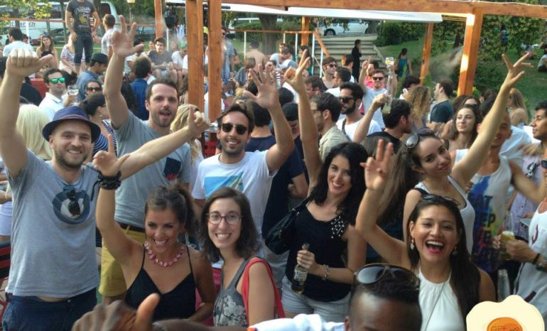 Fiesta After Brunch Terraza Atenas Madrid
