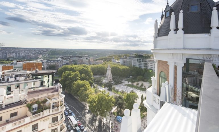 Terraza ático Del Dear Hotel Restaurante Y Coctelería En