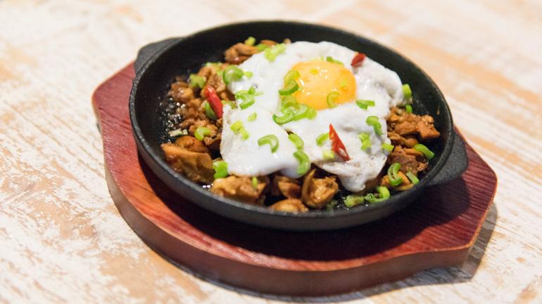Namit Gastrobar Restaurante filipino en Chamberí