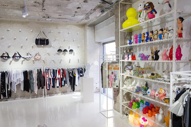 42a03033b AMEN, Tienda de diseño en Malasaña, moda, complementos y regalos ...