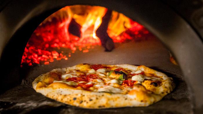 NAP Pizza Regina en el horno-2