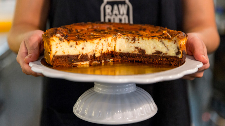 Rawcoco Green Bar Tarta Cheese Cake con chocolate