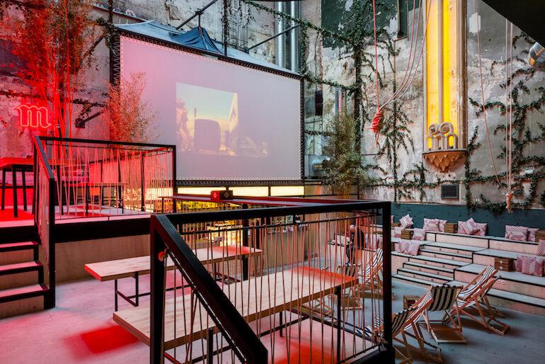 Sala equis multiespacio con cine gastronom a y eventos for Sala fundicion programacion