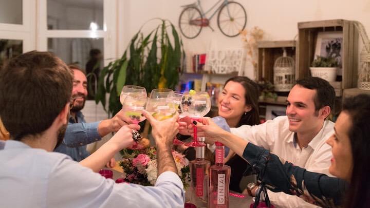 Cenas a domicilio, con chef, camareros y servicio de limpieza gracias a Ginial