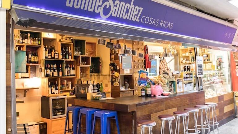Mercado de Antón Martín, un gastromarket en el Barrio de las Letras