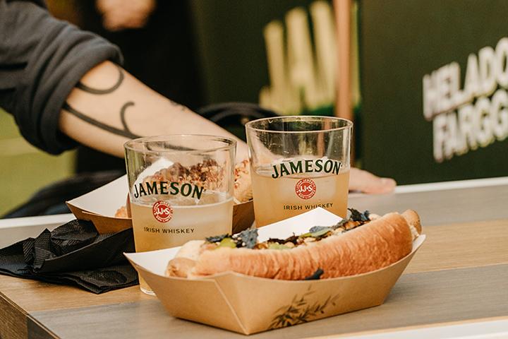 Hot Dog y Jameson