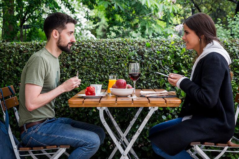 La c tedra cafeter a tienda y terraza en el jard n bot nico for Jardin botanico numero telefonico