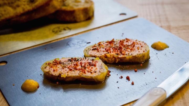 LES MAUVAIS GARCON Tostadas de Foie Gras estilo mi cuit casero