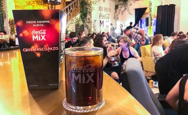 Cinemascopazo, evento de Coca Cola Mix con cine y copa