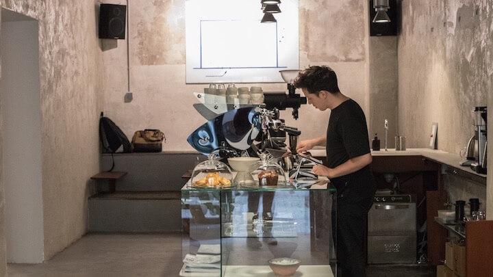 Acid Café, minimalismo y café de especialidad en las Letras