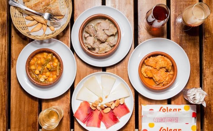 El Candié, taberna especializada en cocina gaditana