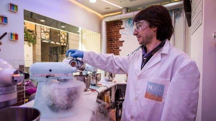 N2LAB ICE CREAM laboratorio de helados hechos con nitrógeno
