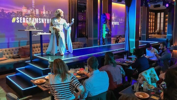 Seagram's NY Hotel 2019 Bingo Brunch con Drag queen