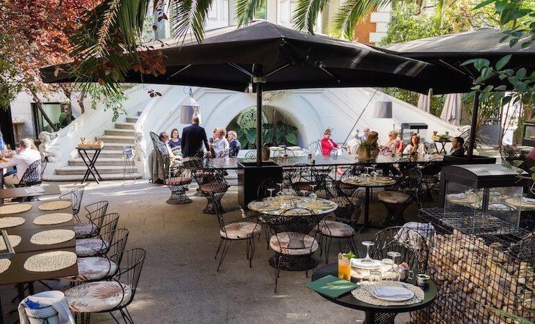 Raimunda Restaurante Con Terraza En Casa América Terrazas