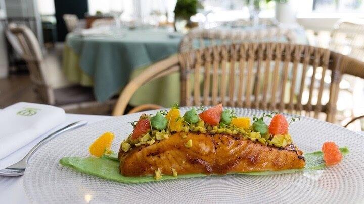 FLOREN DOMEZAIN ABASCAL Salmón marinado con cítricos
